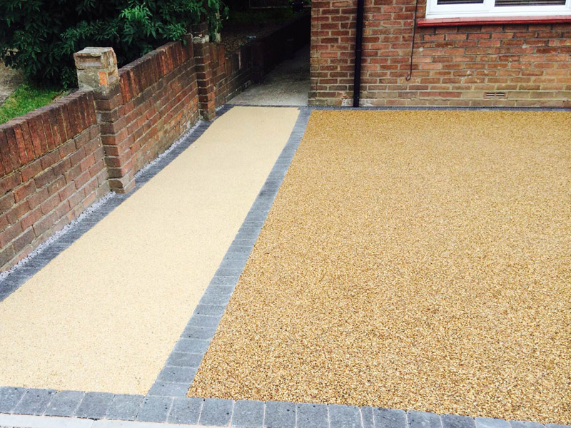 Resin Bound Stone Driveways Across The South Of England